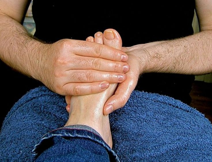 Foot massage relieves aches and pain in runner's and walker's feet